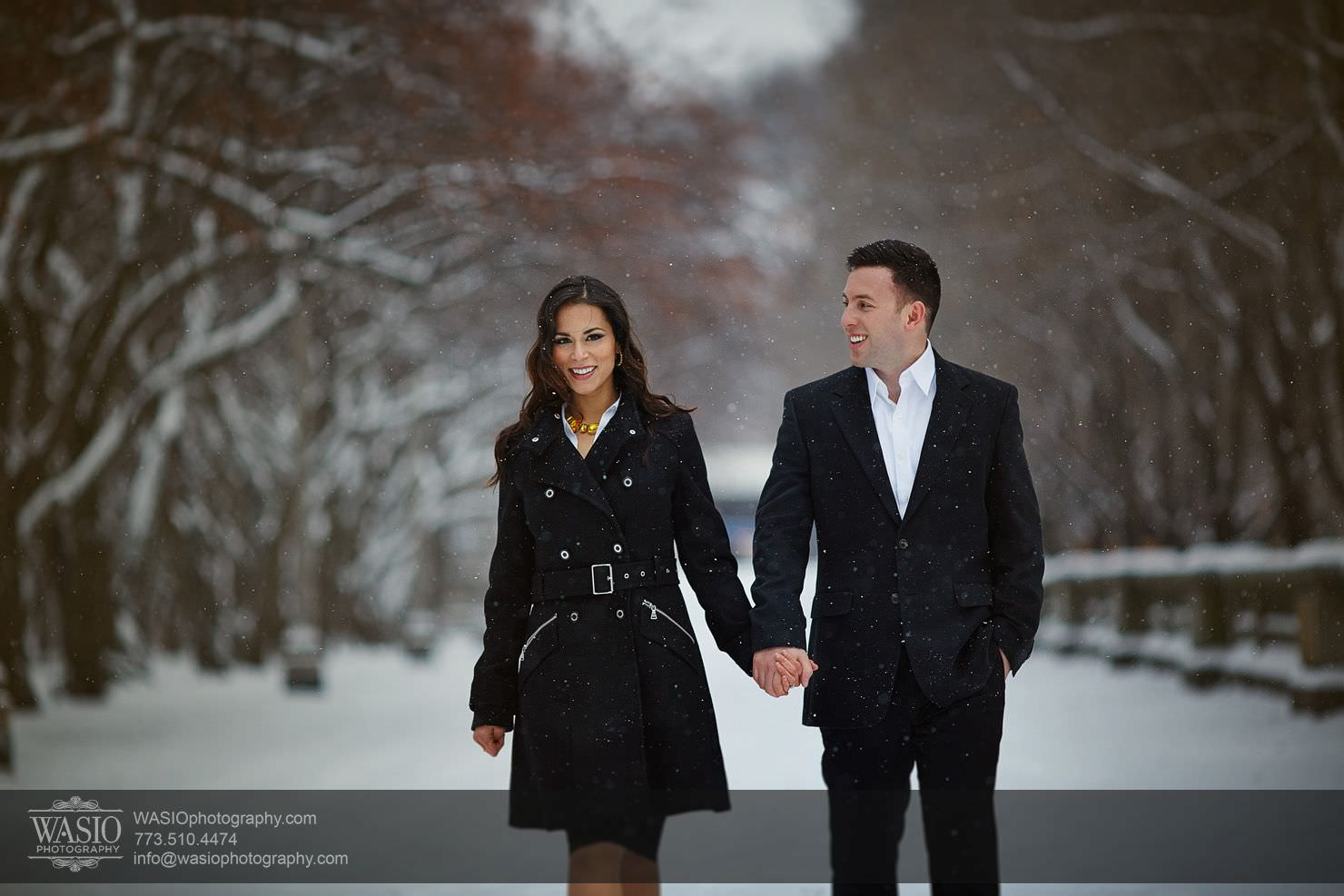 Chicago Winter Engagement – Chrissy + Andrew