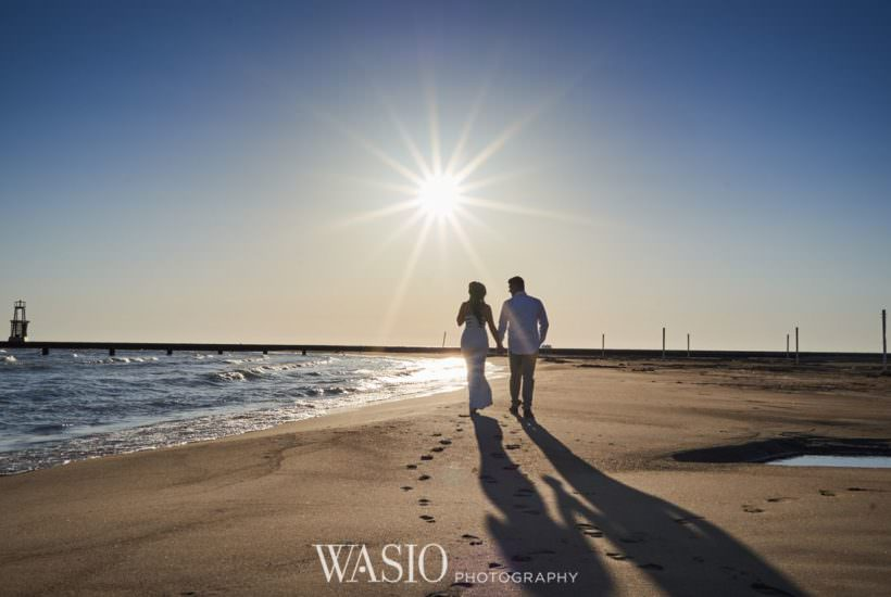 Chicago Sunrise Engagement Session – Sara + Peter