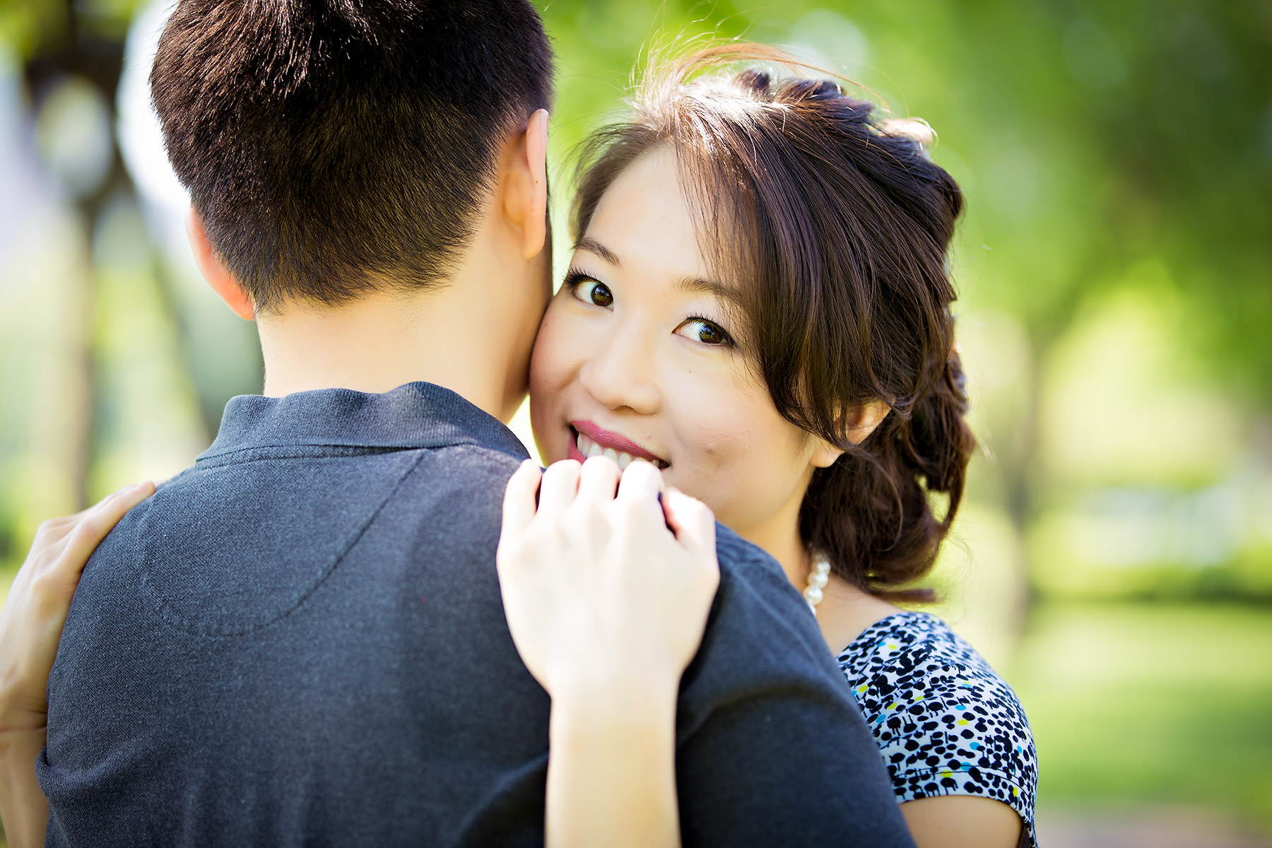 Lincoln Park Engagement Photography at Farmers Market – Angela + Chris
