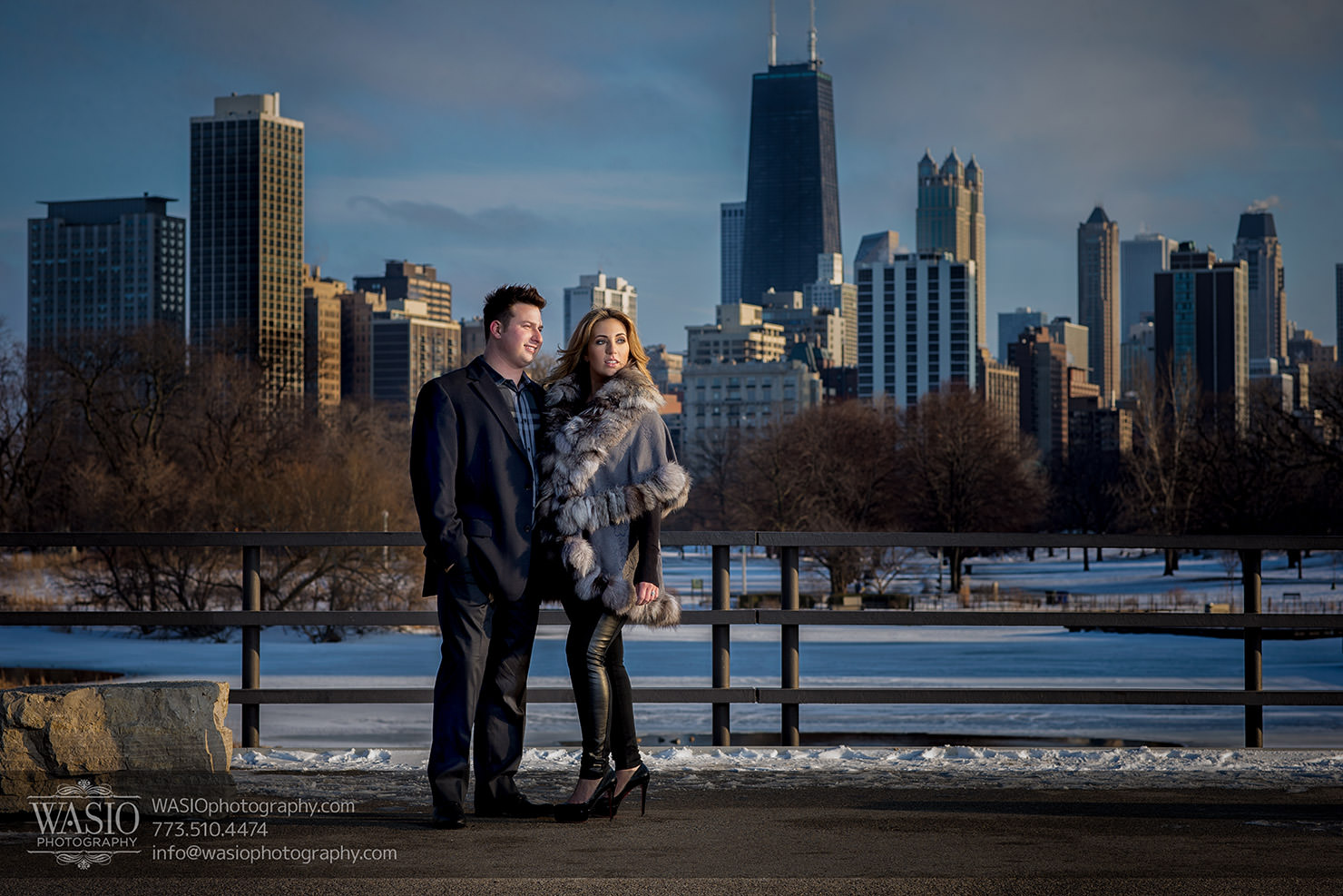Lavish Lincoln Park Engagement – Nicole + Dean