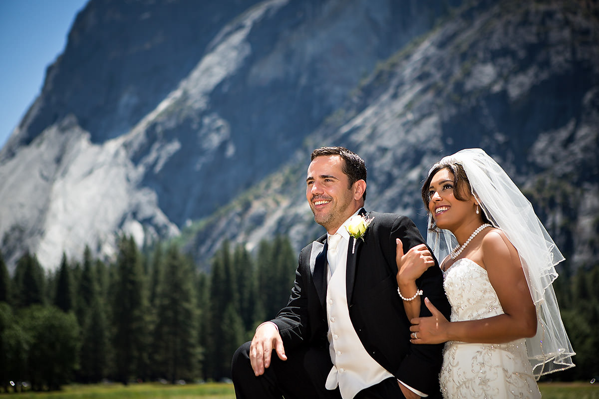 Chicago Destination Wedding Photography at Yosemite – Runa + Bryan
