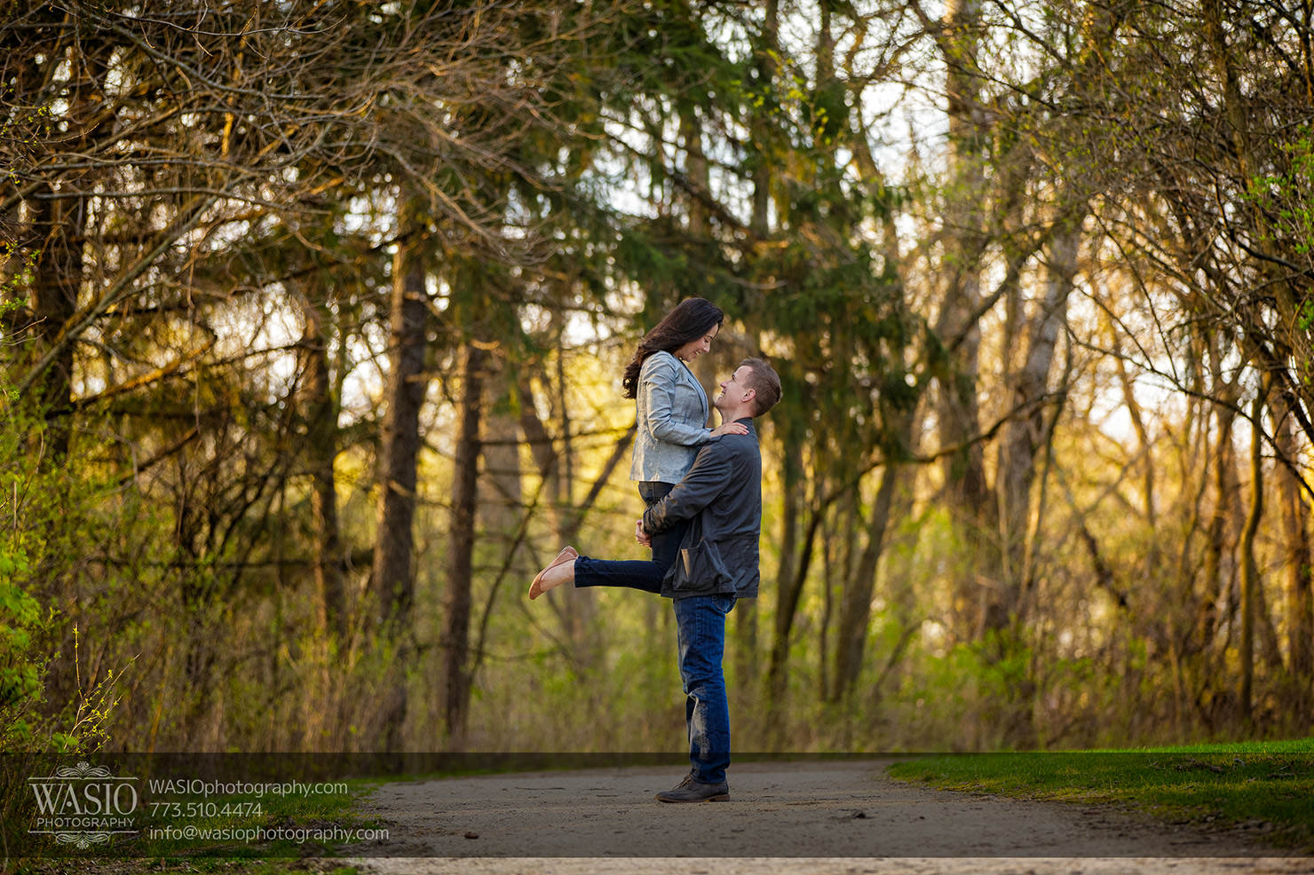Sunrise engagement in the park – Lisa & Ryan