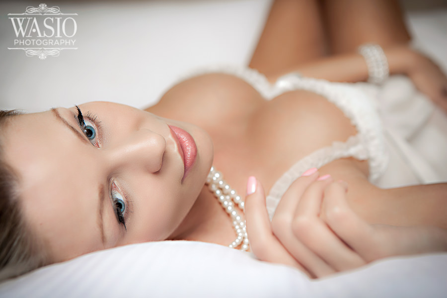 Chicago Bridal Boudoir in Westin River North